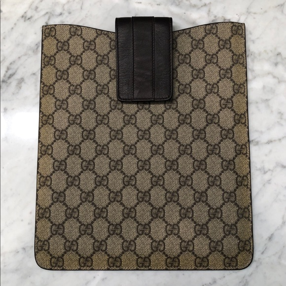 sale retailer b5775 af165 Gucci GG iPad Sleeve/Case